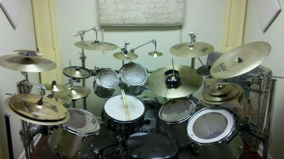 My custom drum set \m/(>_<)\m/